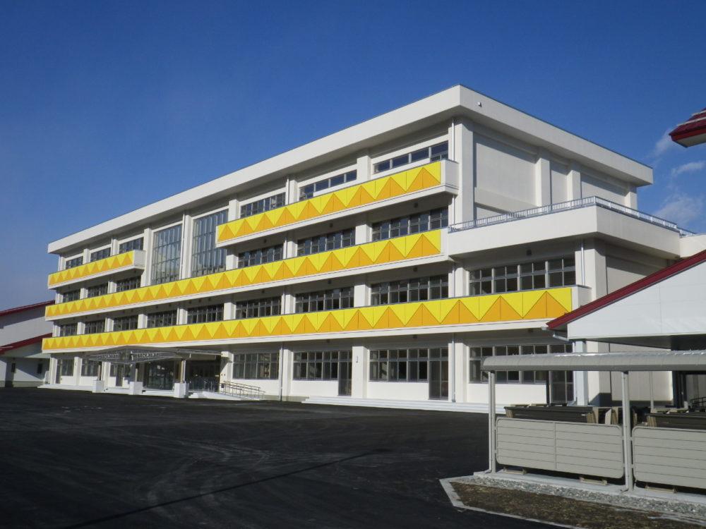 岩泉町立小本小学校 及び 中学校移転復旧工事
